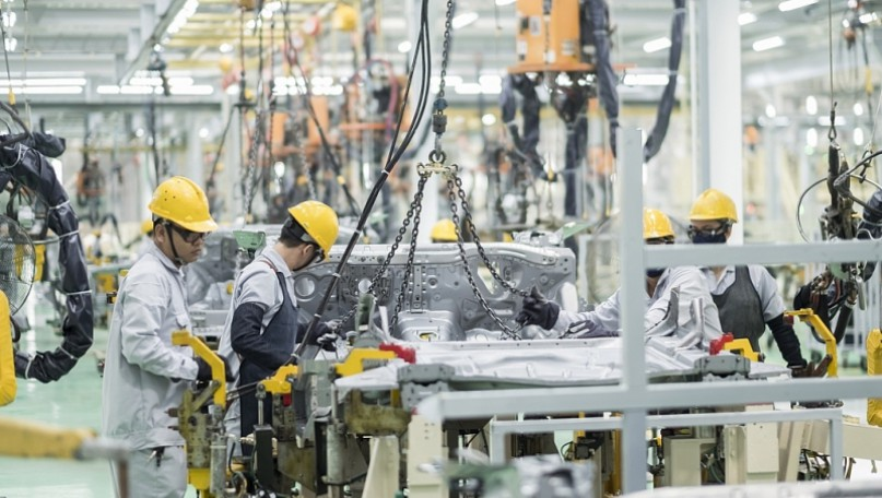 Consider extending preferential tariff programme for automobile manufacturing domestically